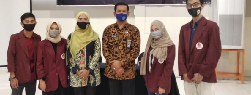 Sesi foto bersama dengan Ketua BNN Kota Balikpapan Bapak Muhammad Daud S.H.. M.H.