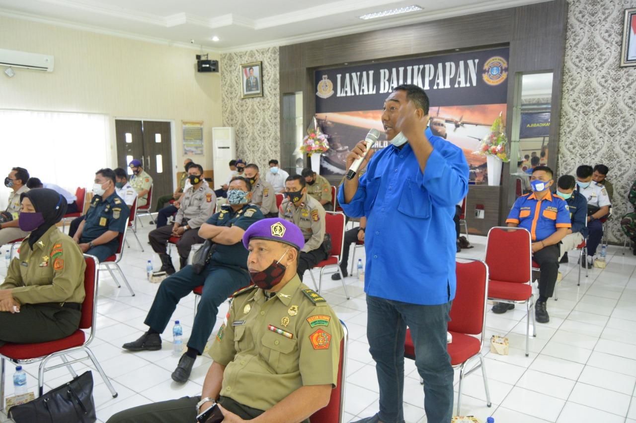 Sesi tanya jawab dari Ketua KNPI Andi Achmad Mutawally. Foto; Istimewa