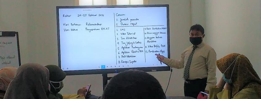 Rapat Koordinasi Panitia Raker 2021 Yayasan Airlangga, Senin (22/2). Foto: PSI
