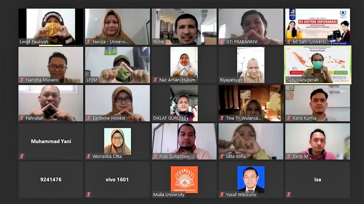 Peserta Sosialisasi Penelitian dan Pengabdian pada Masyarakat Pendanaan Tahun 2021 LP3M Universitas Mulia, Senin (22/3).