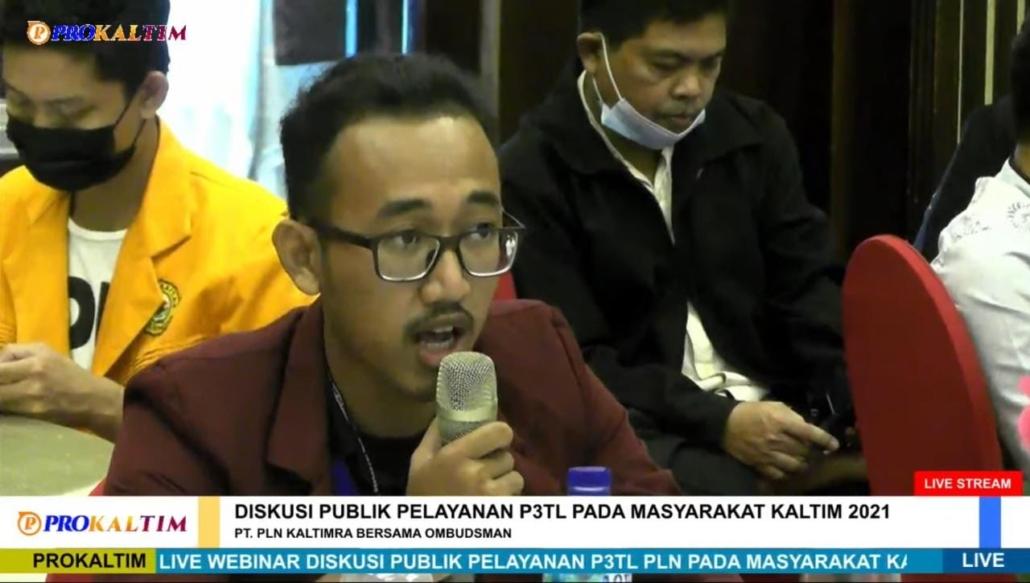 Mahasiswa Universitas Mulia saat memberikan pertanyaan kepada narasumber. Foto: Tangkapan layar